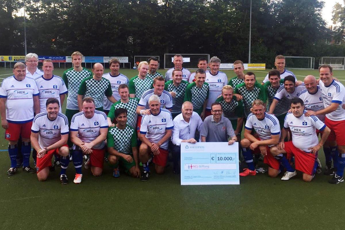 Benefizspiel HSV-Altliga vs Asklepios für NCL Stiftung