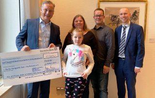 Hilfe für Sarah: Riesenspende von Mitarbeiter der Deutschen Bank